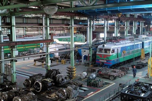 Как работает локомотивное депо
